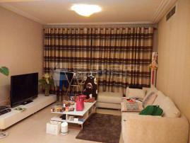 精装修朝南两居室 楼层高 采光好 两个客厅 户型方正 干净整洁